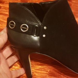 Vince Camuto Shoes - NWT Vince Camuto Black Booties Sz. 8.5